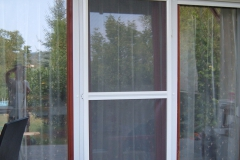 Nyíló szúnyogháló ajtó